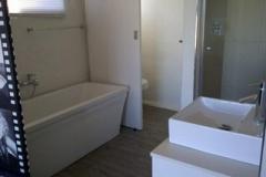 Main-bedroom-en-suite-82
