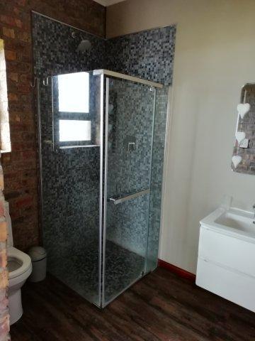 bathroom 3rd en suite