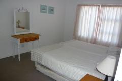 bedroom-2-2-singles