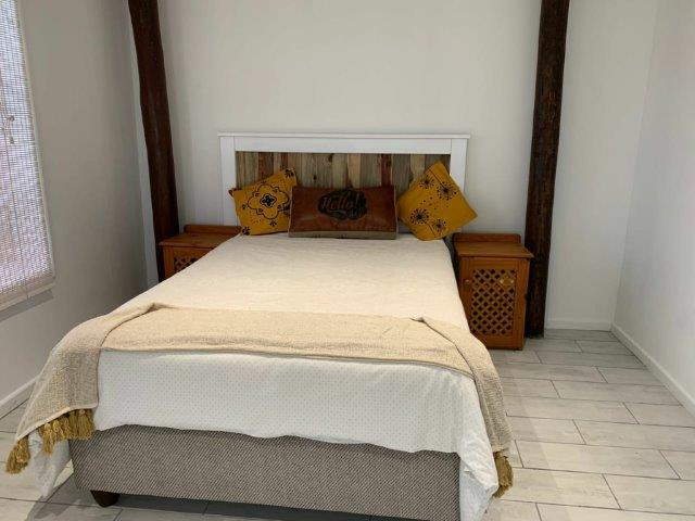 bedroom-downstairs-with-dbl